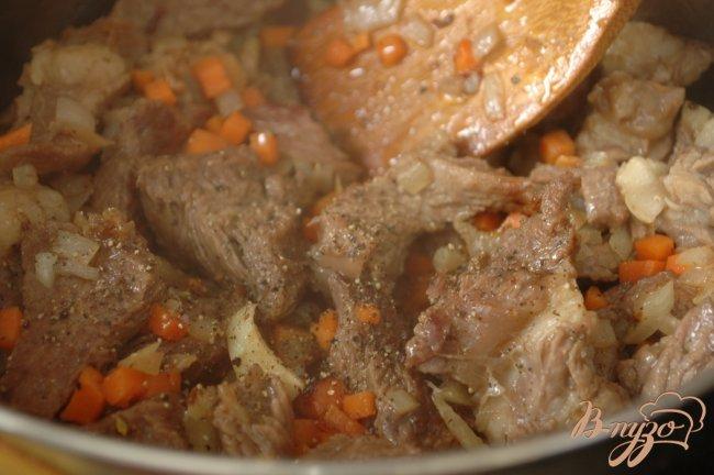 Фото приготовление рецепта: Мясо тушеное шаг №6