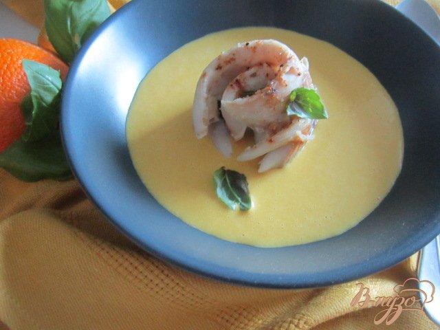 Фото приготовление рецепта: Рыбные улитки со сливочно-апельсиновым соусом шаг №10