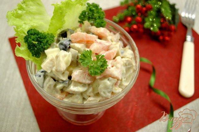 Фото приготовление рецепта: Салат с отварной птицей шаг №6