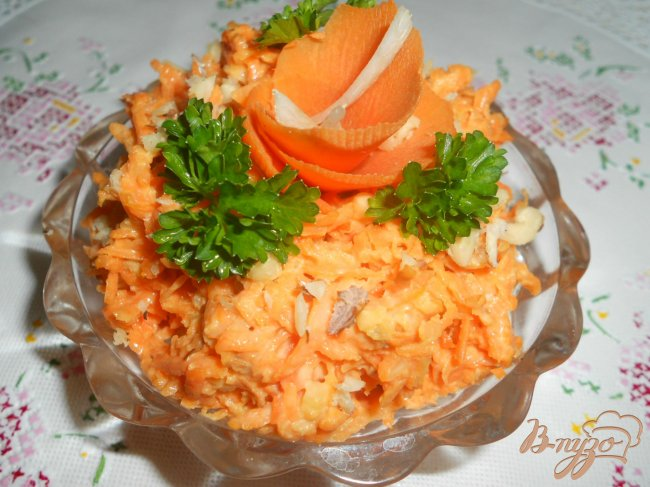 Фото приготовление рецепта: Морковь с чесноком и майонезом шаг №4