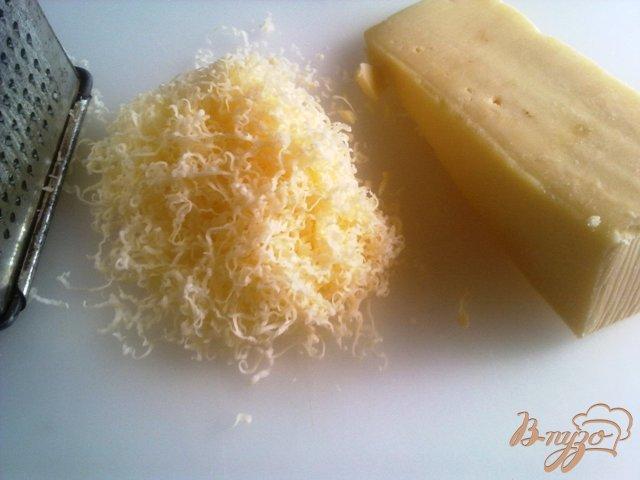 Фото приготовление рецепта: Сырные шампиньоны шаг №3