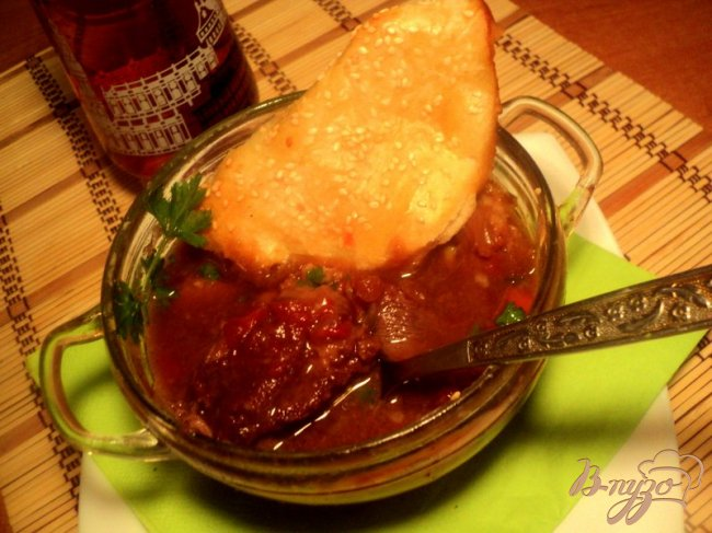 Фото приготовление рецепта: Мясо в темном пиве или Cosser Pie шаг №7