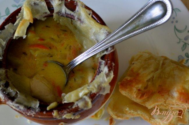 Фото приготовление рецепта: Куриный пирог в горшочках шаг №6