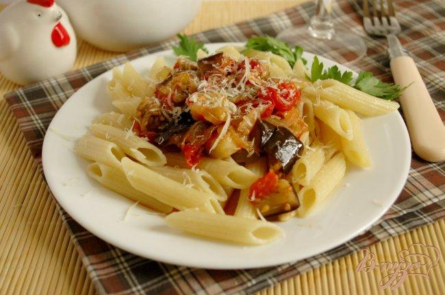 Фото приготовление рецепта: Пенне с овощами шаг №7