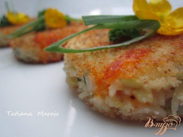 Рецепт Рисовые биточки с яблоком , сыром и шпинатом