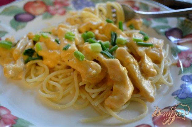 Рецепт Куриный гужон с чесночным соусом