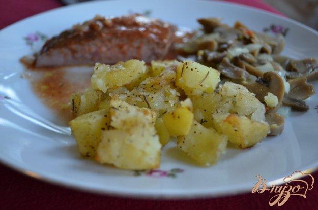Рецепт Печеный картофель с розмарином и луком