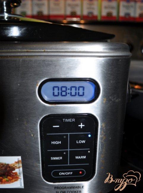 Фото приготовление рецепта: Тушеная говядина по-итальянски шаг №3