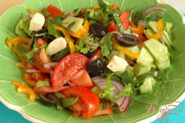 Рецепт Греческий салат со шпинатом