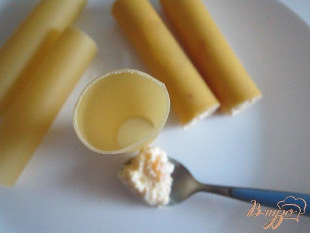Фото приготовление рецепта: Каннеллони с творожной начинкой шаг №4