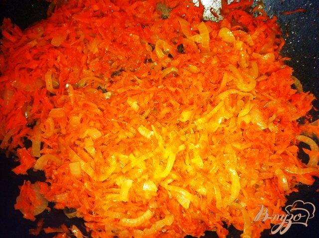 Фото приготовление рецепта: Тушеная картошечка с овощами. шаг №4