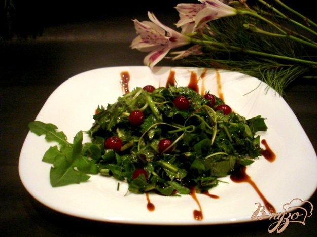 фото рецепта: Салат из одуванчиков