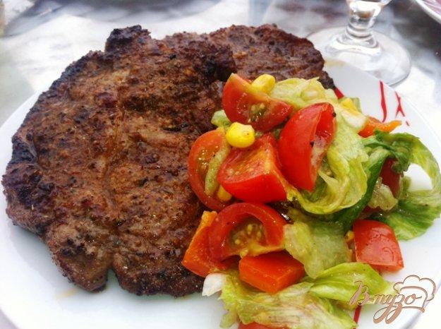Рецепт Легкий салат с мясом гриль