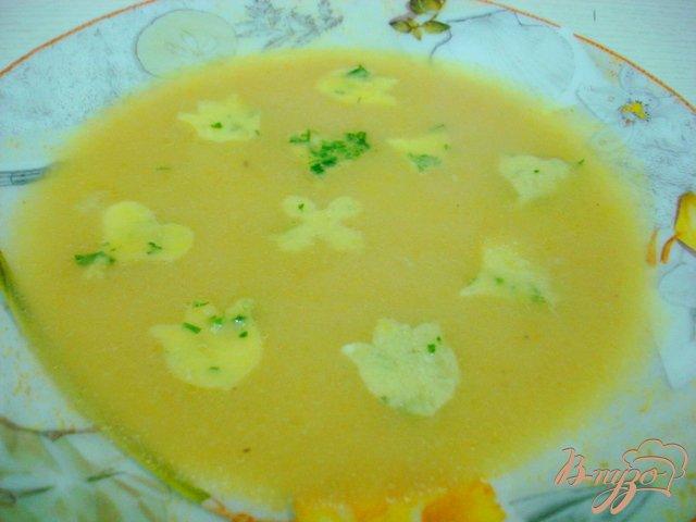 Фото приготовление рецепта: Суп пюре из кабачков с яичным суфле шаг №7