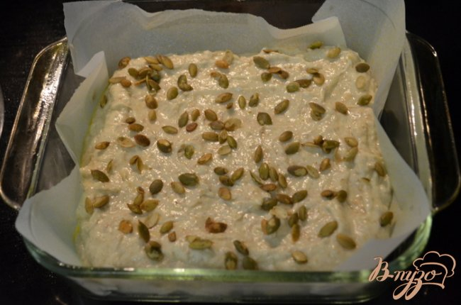Фото приготовление рецепта: Бананово-медовый кекс шаг №4