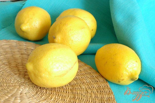 Фото приготовление рецепта: Приятный лимонный ликер Лимончелло шаг №1