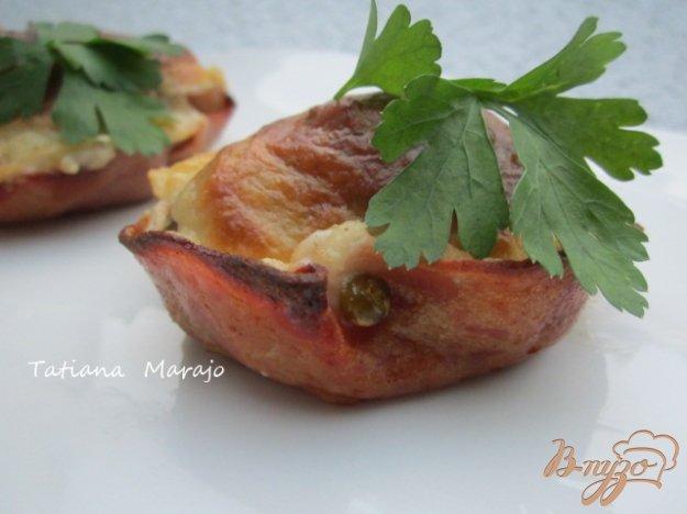 Рецепт Колбасные корзиночки с грибами и соусом Бешамель