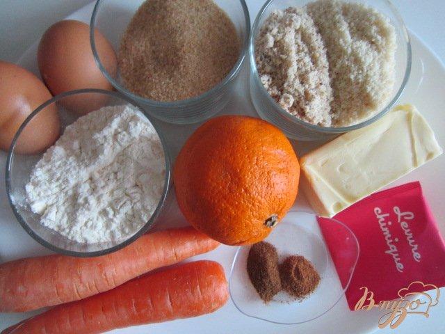 Фото приготовление рецепта: Английский морковный кекс шаг №1