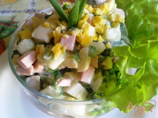 Фото приготовление рецепта: Сытный салат «Весенний» шаг №11