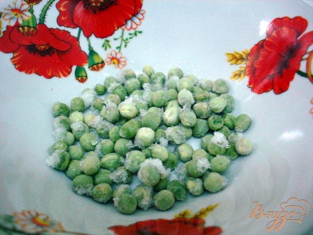 Фото приготовление рецепта: Суп с горошком и овощами шаг №4