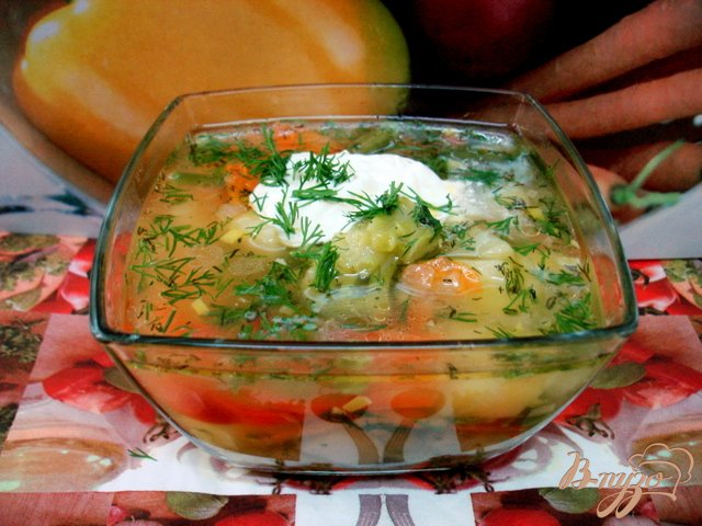 Фото приготовление рецепта: Суп с горошком и овощами шаг №8