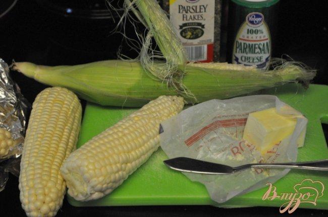 Фото приготовление рецепта: Кукуруза в фольге шаг №1
