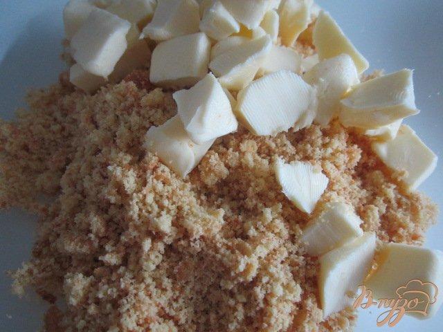 Фото приготовление рецепта: Йогуртово-ананасовый тортик шаг №2