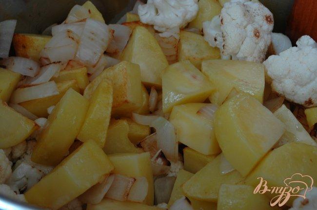 Фото приготовление рецепта: Овощное рагу с насыщенным вкусом шаг №4