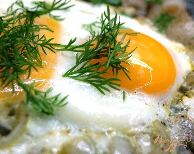 Рецепт Яичница с луком и салом