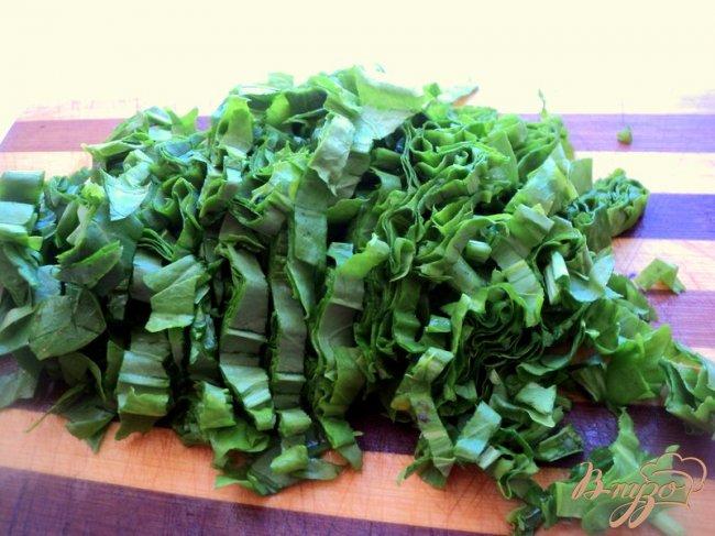 Фото приготовление рецепта: Зеленый борщ с фасолью (постный) шаг №5
