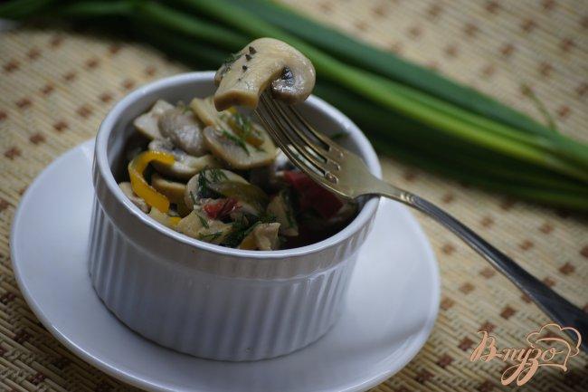 Фото приготовление рецепта: Закусочные шампиньоны шаг №5