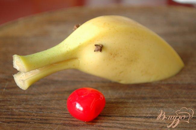 Фото приготовление рецепта: Молочный нектар с бананом шаг №3