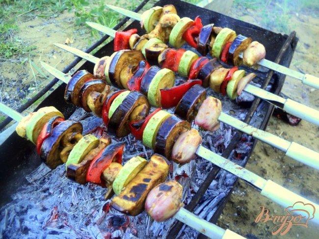 Фото приготовление рецепта: Овощные шашлыки шаг №5
