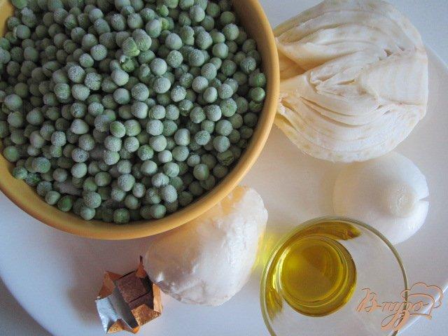 Фото приготовление рецепта: Суп-пюре из зеленого горошка и моцареллы шаг №1