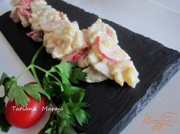 Рецепт Картофельный салат с редисом и маринованными огурцами