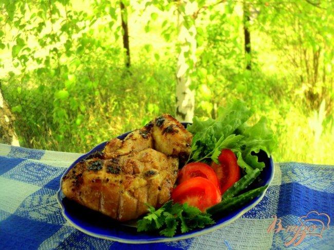 Фото приготовление рецепта: Куриные крылышки и бедрышки – гриль шаг №4