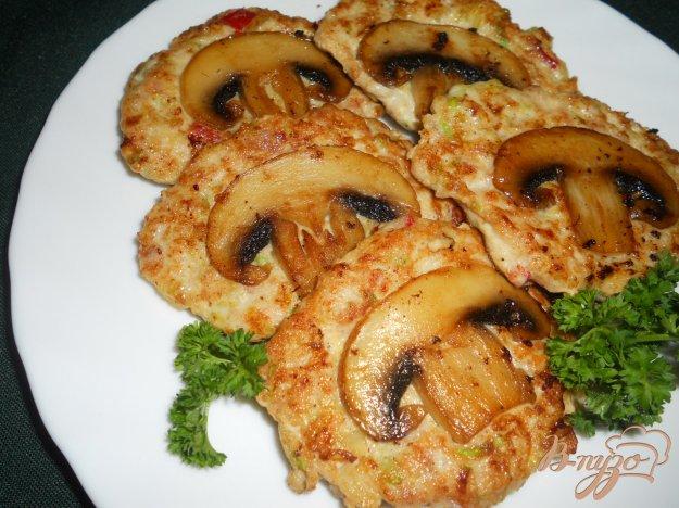Рецепт Оладьи куриные с овощами и шампиньонами