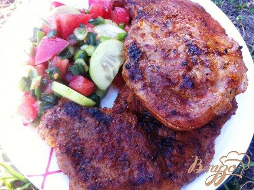 Мясо гриль с овощами