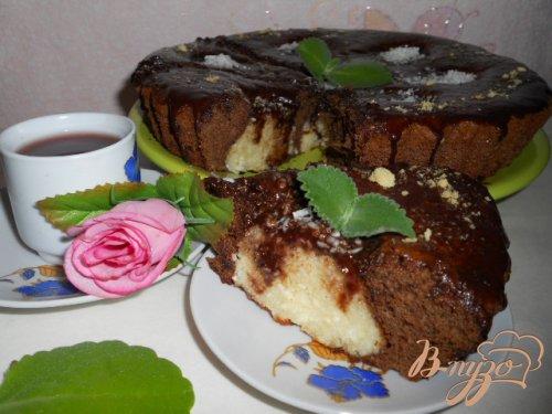 Шоколадный пирог с шариками из творога