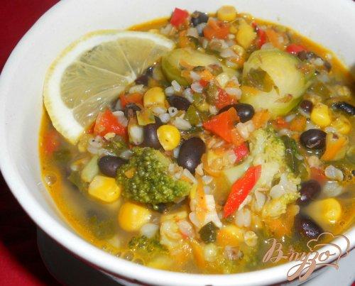 Суп с гречкой и черной фасолью