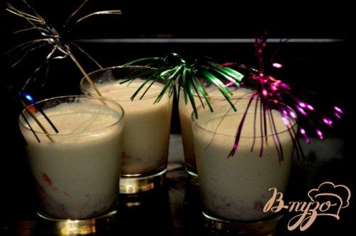 Клубнично ванильный коктейль
