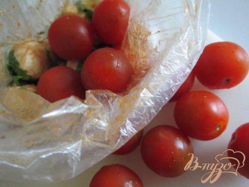 Закуска из моцареллы и томатов черри