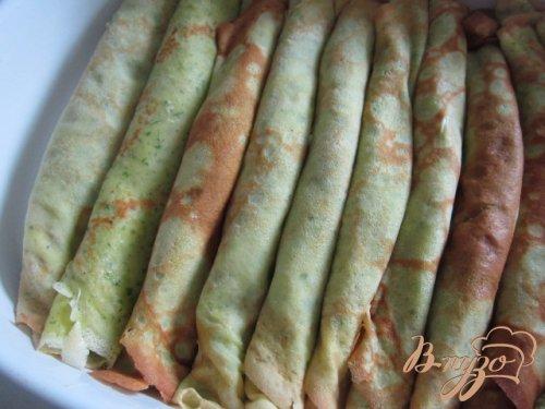 Блинчики с начинкой из  соуса бешамель и зеленой спаржи