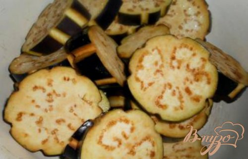 Запеканка из баклажанов, фарша и грибов