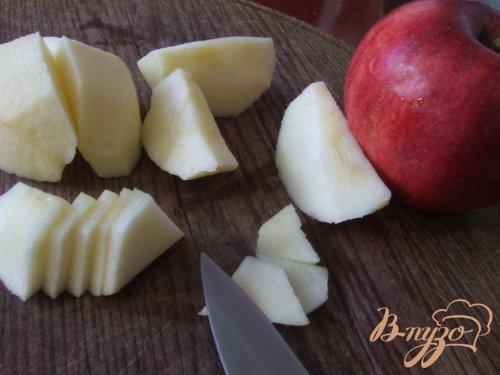 Оладьи с кусочками яблок