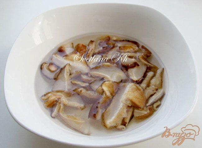 Фото приготовление рецепта: Постный суп - гуляш с грибами по - венгерски шаг №2
