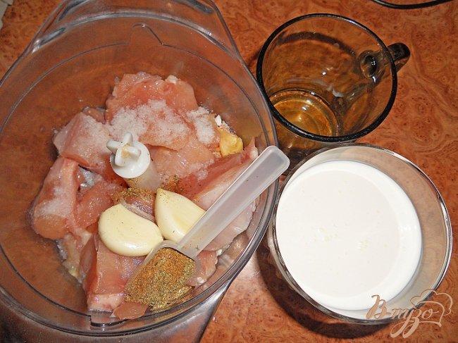 Фото приготовление рецепта: Домашняя куриная колбаса шаг №1