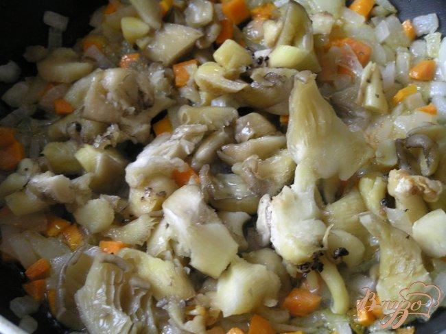 Фото приготовление рецепта: Запеченные картофельные крокеты с грибами шаг №2