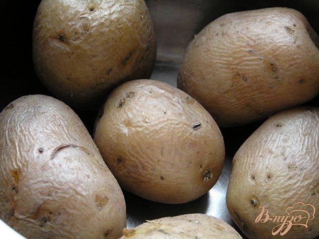 Фото приготовление рецепта: Запеченные картофельные крокеты с грибами шаг №4