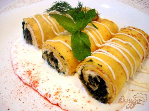 фото рецепта: Тыквенные блинчики со шпинатом и творогом